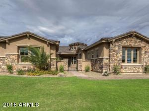 3134 E BLACKHAWK Court, Gilbert, AZ 85298