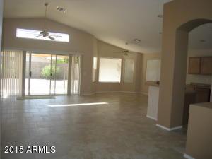 5547 E GARNET Avenue, Mesa, AZ 85206