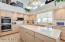 Extra sink/wet bar in kitchen