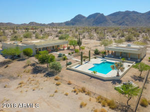 2104 S COYOTE Trail, Maricopa, AZ 85139