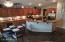 Kitchen w/ Breakfast Bar