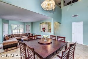 2406 W CARSON Road, Phoenix, AZ 85041