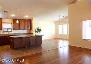 9548 W QUAIL Avenue, Peoria, AZ 85382
