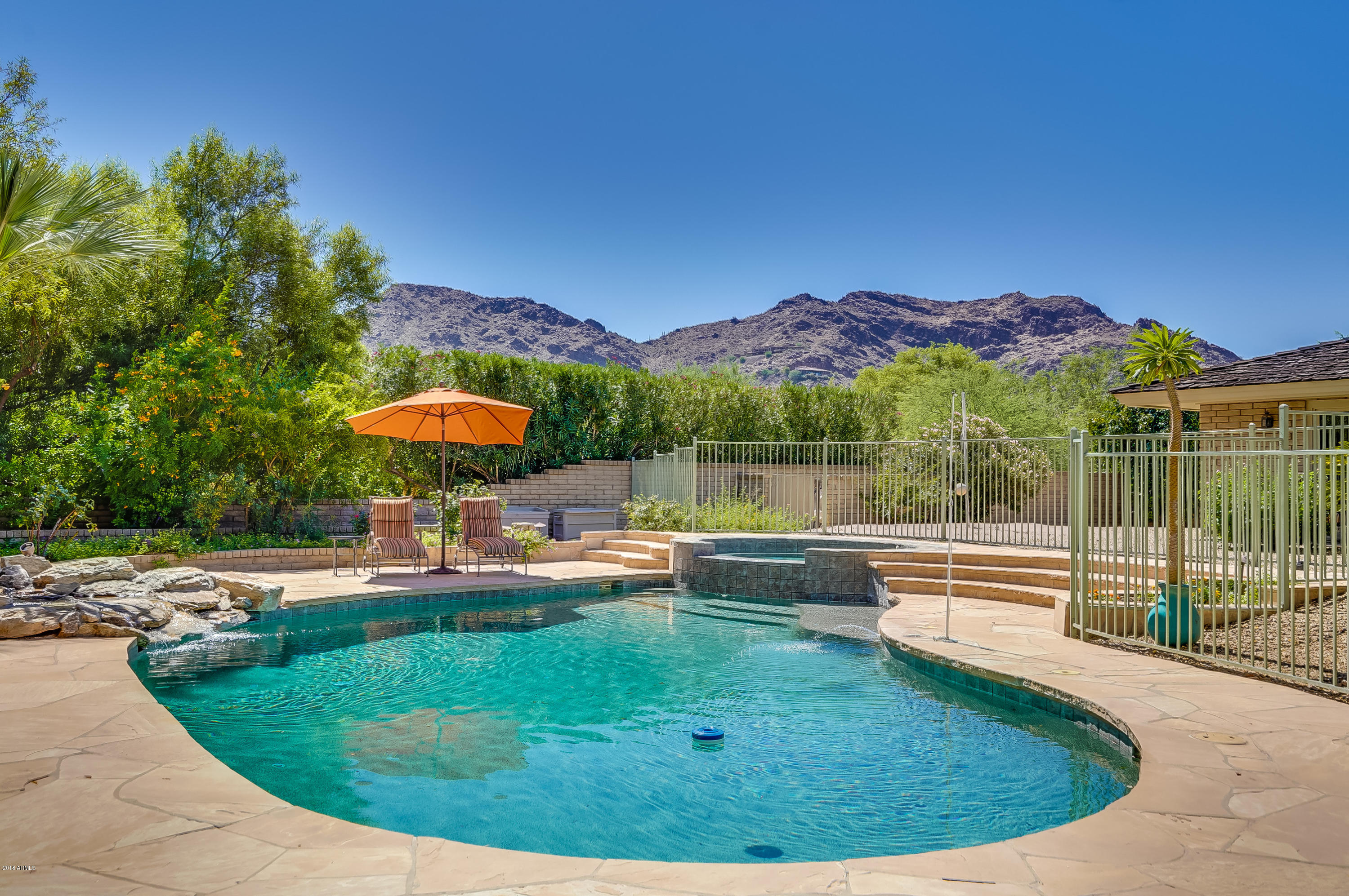 Photo of 5006 E CRESTVIEW Drive, Paradise Valley, AZ 85253