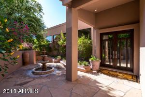 Property for sale at 5615 N Echo Canyon Circle, Phoenix,  Arizona 85018