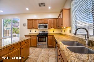 3107 S LOIS Lane, Gilbert, AZ 85295