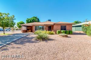 2902 E PINCHOT Avenue, Phoenix, AZ 85016