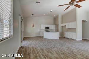 4341 E AUGUSTA Avenue, Chandler, AZ 85249