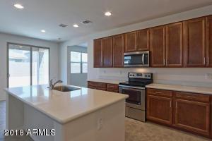 2934 W LAREDO Lane, Phoenix, AZ 85085