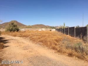 1024 E Desert Hills Drive, a