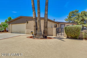 26228 S LAKESIDE Drive, Sun Lakes, AZ 85248