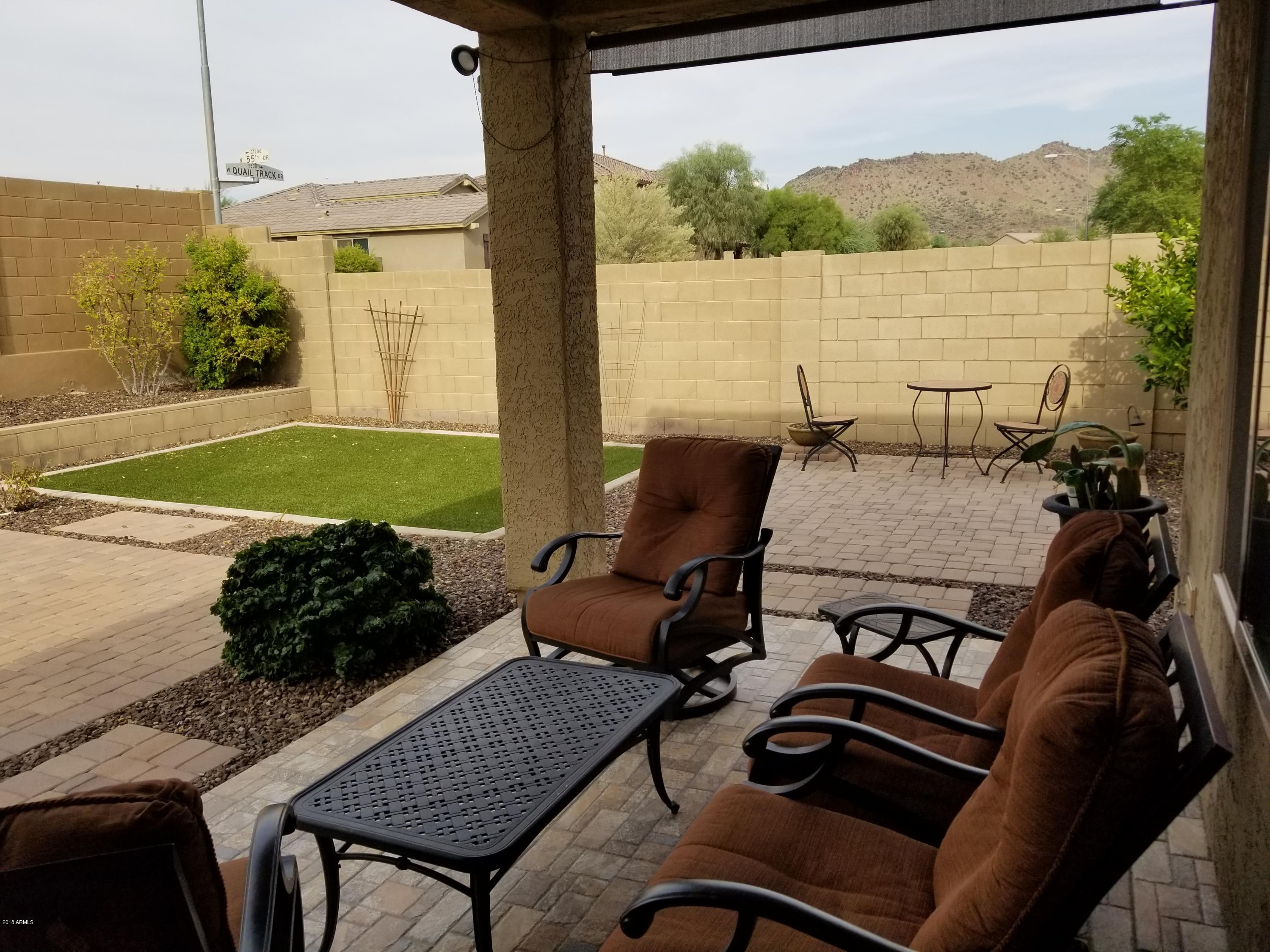 Beautiful well maintained fully furnished home with outdoor furniture and bbq in north phoenix area granite counter tops with a full kitchen