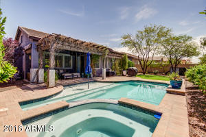 2333 W SIENNA BOUQUET Place