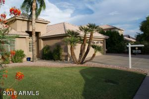 GREAT CURB APPEAL, SPACIOUS DRIVE AND ENTRANCE