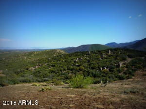 0 E Maude Mule Trail, Mayer, AZ 86333