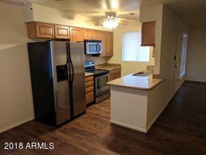 420 W BLACKHAWK Drive, 8, Phoenix, AZ 85027