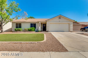 2082 E SAN TAN Court, Gilbert, AZ 85296