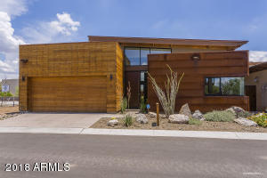 Cave Creek Contemporary archetecture .. a perfect mix of wood and metal.. modern and rustic