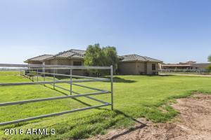 8909 S 227TH Drive, Buckeye, AZ 85326