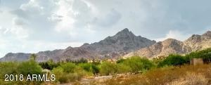 Alta Vista Park at Piestewa Peak Foothills w Quick Access to Trails or Grocery & local Shops & Restaurants
