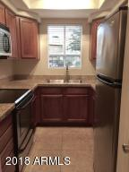1825 W RAY Road, 1052