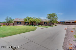 2796 E CATTLE Drive, Gilbert, AZ 85297