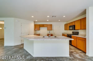 11911 W HONEYSUCKLE Court, Peoria, AZ 85383