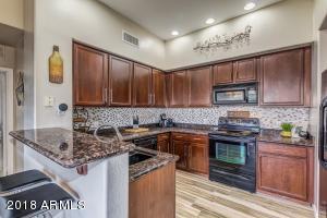 2989 N 44th Street, 3042, Phoenix, AZ 85018