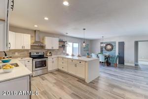 1742 N TREVOR, Mesa, AZ 85201