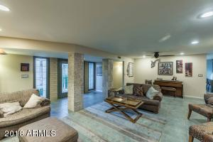 Spacious , open area to entertain or relax. Great mix of textures adorn this space.