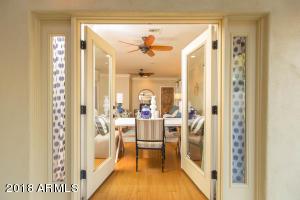 1501 E EARLL Drive, Phoenix, AZ 85014