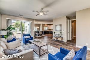3638 E EARLL Drive, Phoenix, AZ 85018