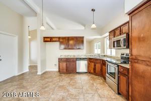 5643 W YUCCA Street, Glendale, AZ 85304