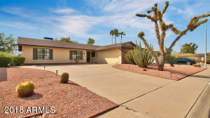 Property for sale at 11660 S Half Moon Drive, Phoenix,  Arizona 85044