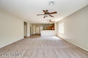 8215 W FOREST GROVE Avenue, Phoenix, AZ 85043