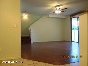 4056 E DEVON Drive, Gilbert, AZ 85296