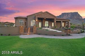 2880 N LA BARGE Road, Apache Junction, AZ 85119