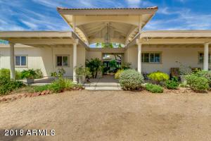 8042 E WILLETTA Street, Mesa, AZ 85207