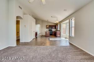 8230 W PAPAGO Street, Phoenix, AZ 85043