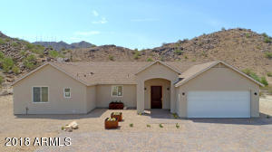135 W MCNEIL Street, Phoenix, AZ 85041