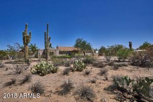 731 N MERRILL Road, Mesa, AZ 85207