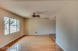 3735 W MAUNA LOA Lane, Phoenix, AZ 85053