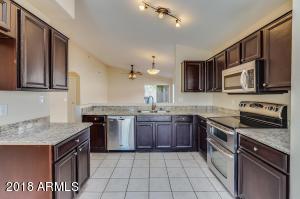 2215 E SIESTA Lane, Phoenix, AZ 85024