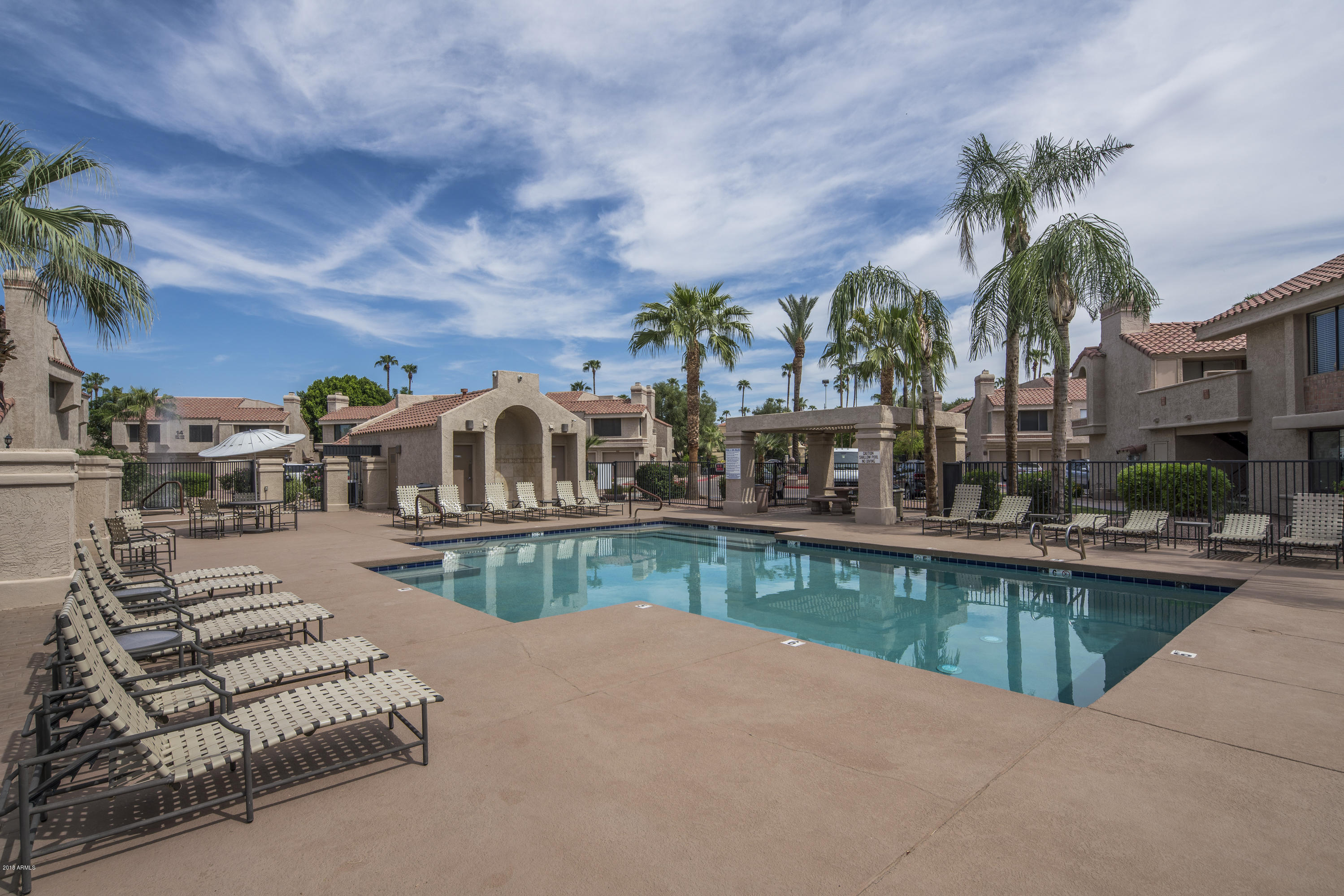 Welcome Home To The Venetian In Scottsdale! The Community Fountains And  Lush Landscape Are Truly Inviting. This Home Has Wonderful Living Space  With Vaulted ...