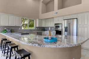 All new appliances, granite & cabinets-gourmet cooks delight!
