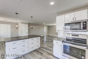 1550 W SURREY Avenue, Phoenix, AZ 85029