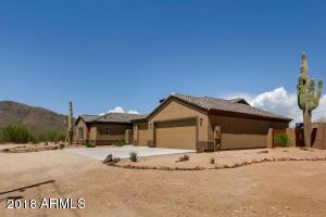 112 W CIRCLE MOUNTAIN Road, New River, AZ 85087