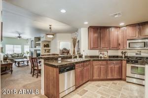 5350 E DEER VALLEY Drive, 2233, Phoenix, AZ 85054