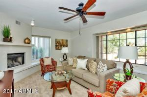 Delightful 2 Bedroom 2.5 Bath Patio Home in N Scottsdale