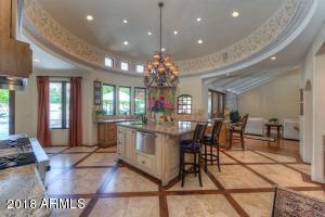 3418 E CLAREMONT Avenue, Paradise Valley, AZ 85253